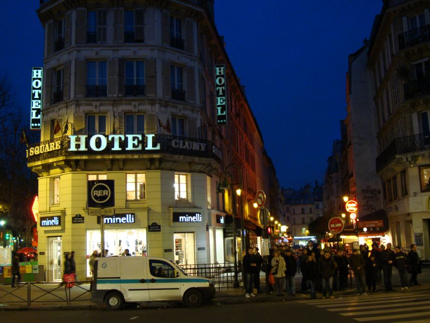 Hotel Plaza Paris